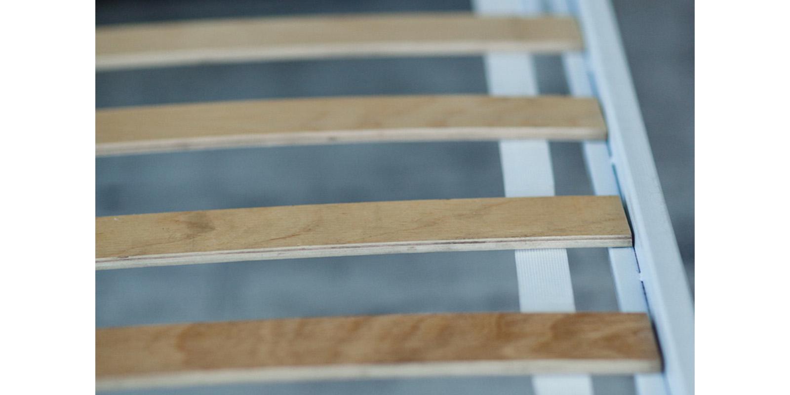 Металлическая кровать 160х200 Фемида с ортопедическим основанием (белый с золотом) S010/1-6
