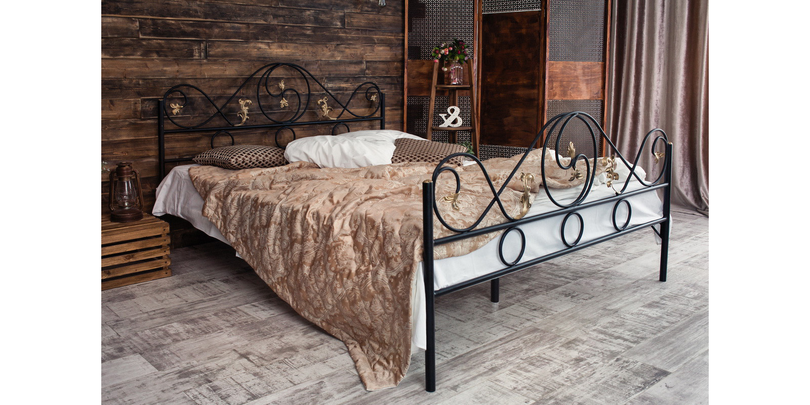 Металлическая кровать 180х200 Венеция с ортопедическим основанием (черный с золотом) S005/2-8