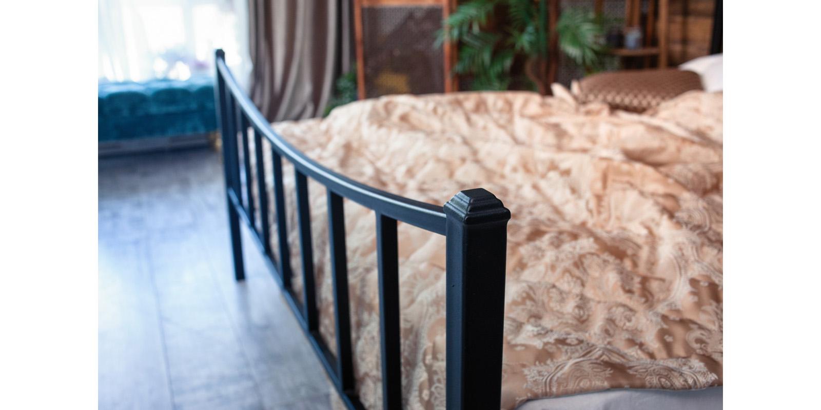 Металлическая кровать 180х200 Ринальди с ортопедическим основанием (черный) S011/2-6