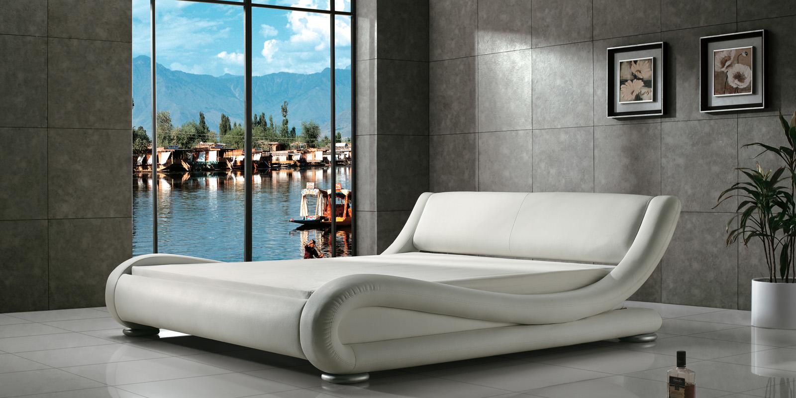 Мягкая кровать 200х140 AY-203 с ортопедическим основанием (белый)