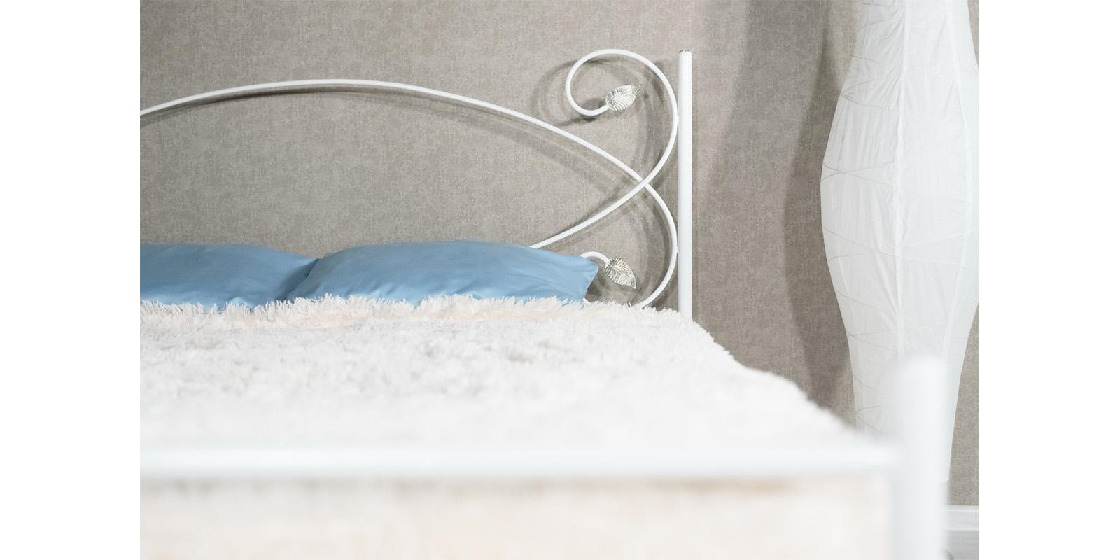 Металлическая кровать 180х200 Виктория с ортопедическим основанием (белый с золотом) S006/1-8